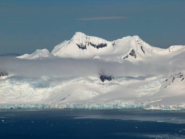 Антарктида. Горы Антарктиды. Антарктида снег и лед фото